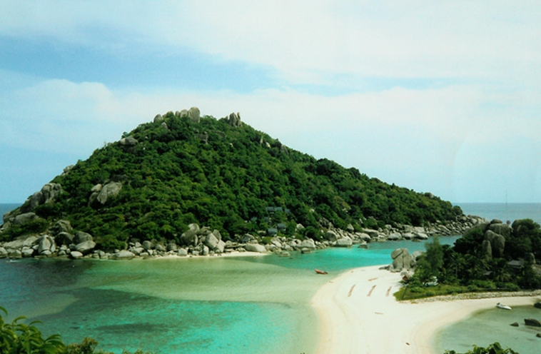 Koh Nang Yuan Island (Courtesy of Samoano)