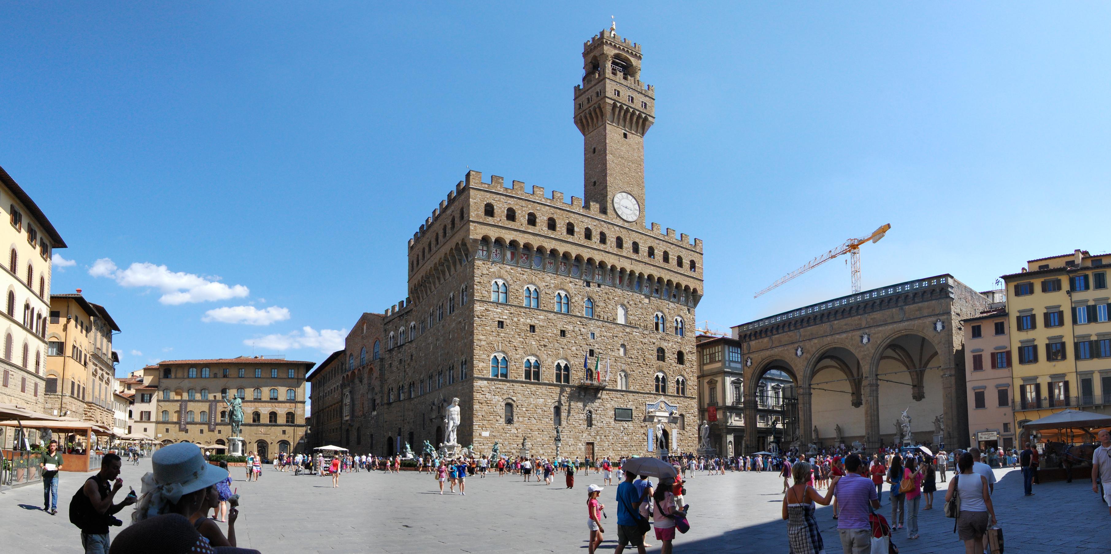 http://it.wikipedia.org/wiki/Piazza_della_Signoria